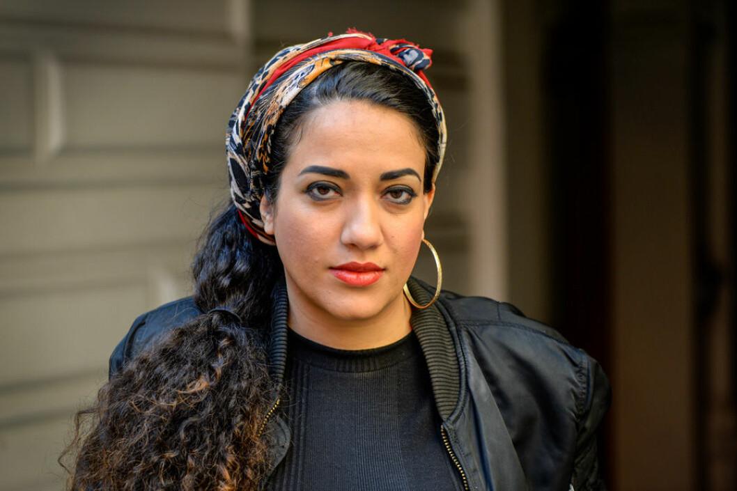 Poeten tillika uppmärksammade sommarprataren Athena Farrokhzad är en av dem som skrivit under uppropet.