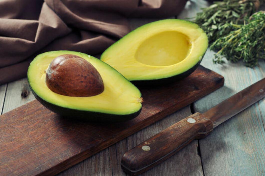 Avokado gör din smoothie fyllig och krämig.