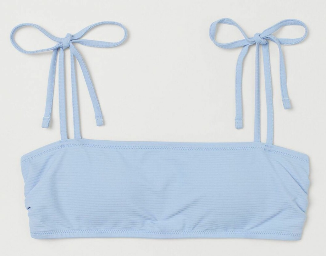 Ljusblå bikiniöverdel från H&M.