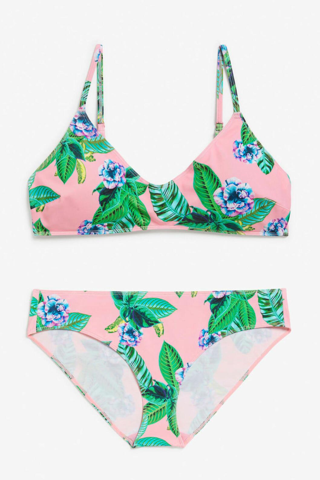 Rosa bikini med blad och blommor från Monki.