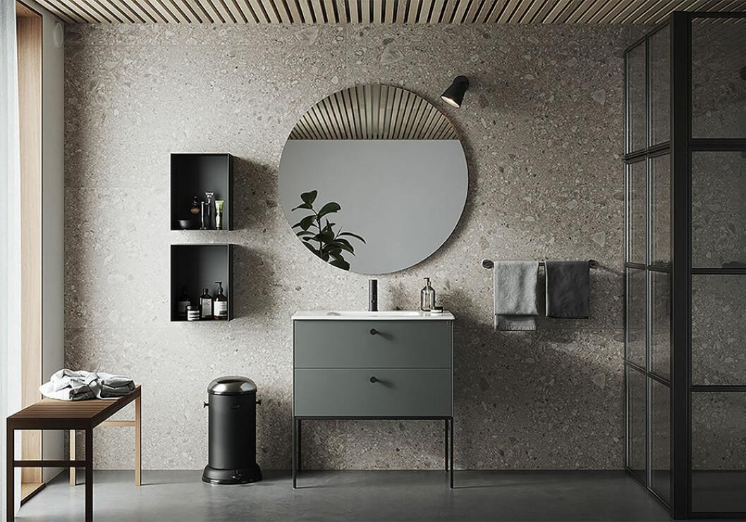 Svart och grönt badrum –trendigt hos Ballingslöv