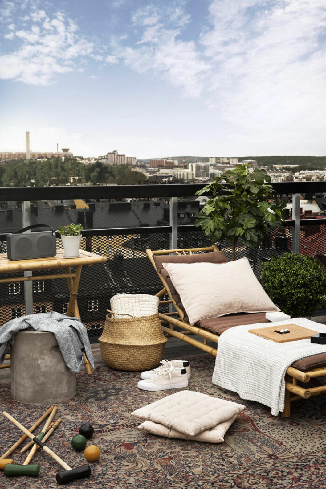 Möbler till balkongen från Granit sommaren 2019