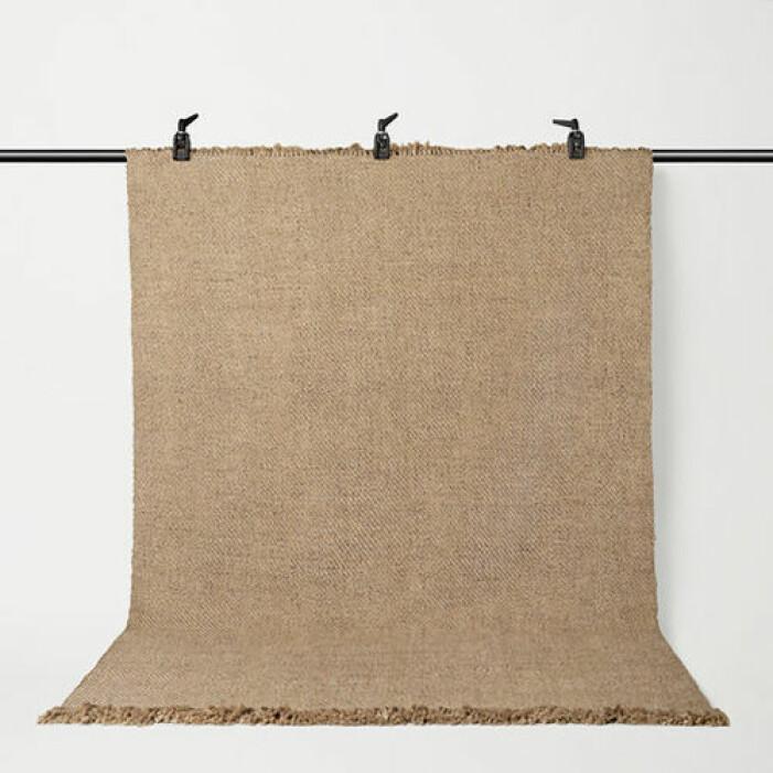 Beige matta i naturfärg från Åhléns