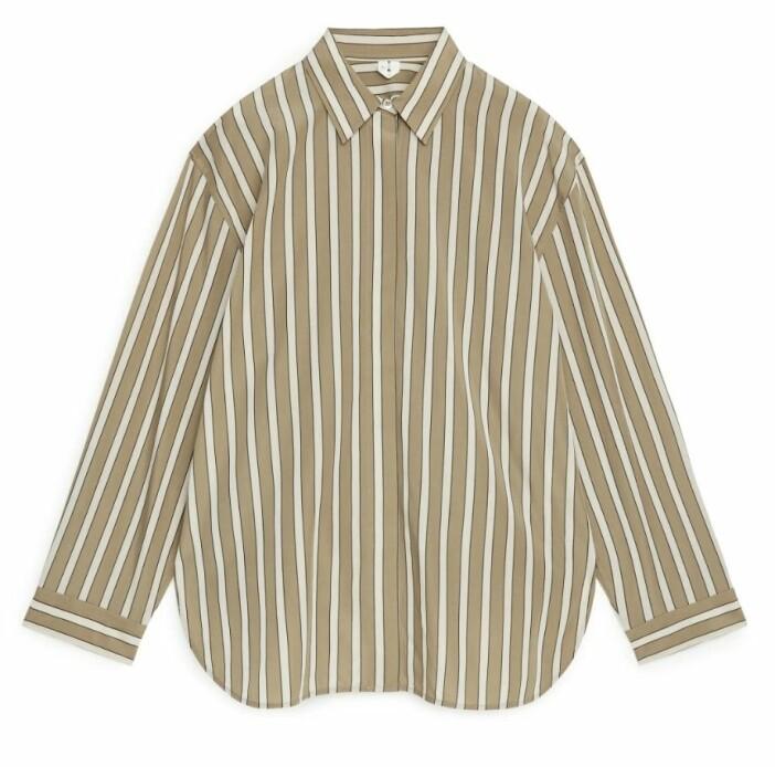 Beige skjorta med ränder från Arket.