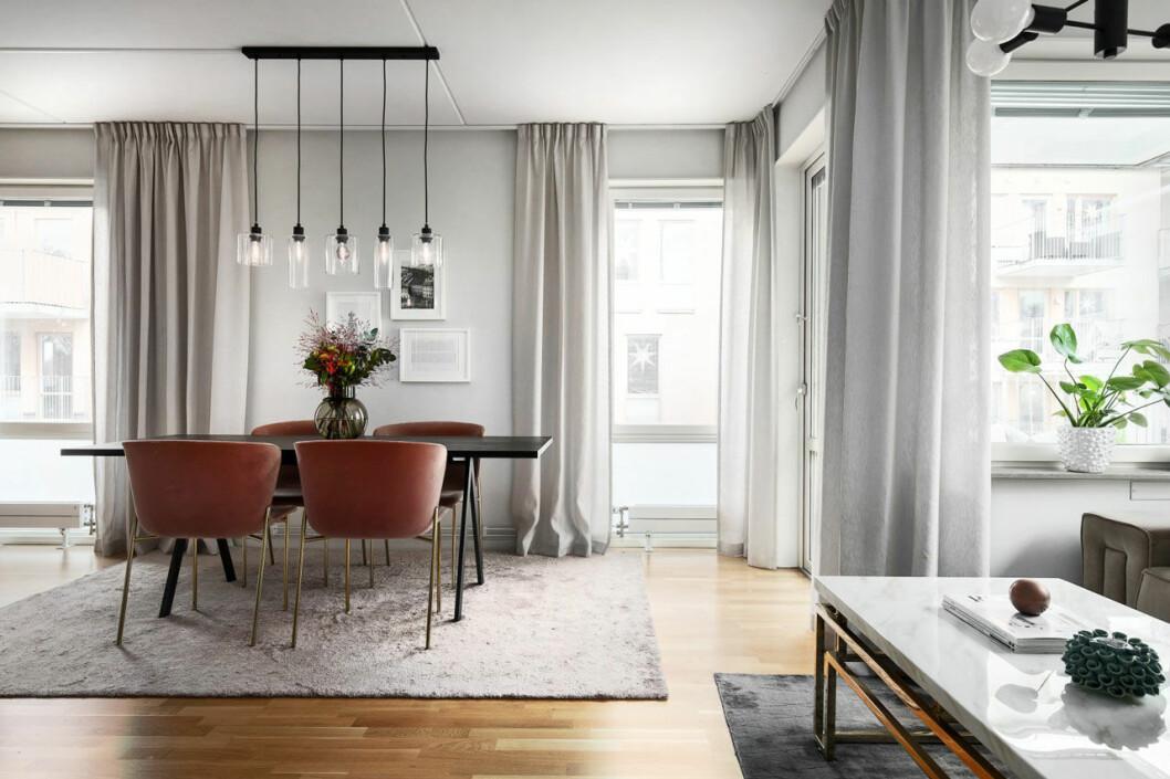 Bianca Ingrosso säljer sin lägenhet, vardagsrum 4