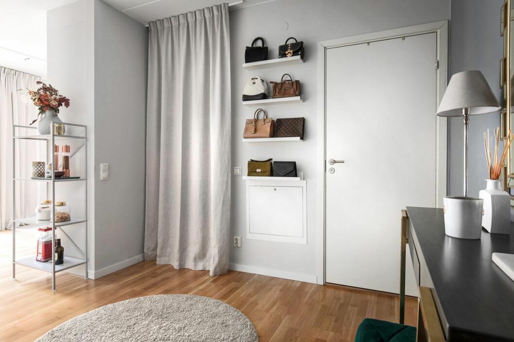 Bianca Ingrosso säljer sin lägenhet, hall