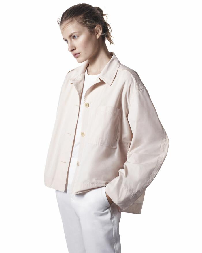 Beige skjortjacka i oversize-modell från +J kollektionen