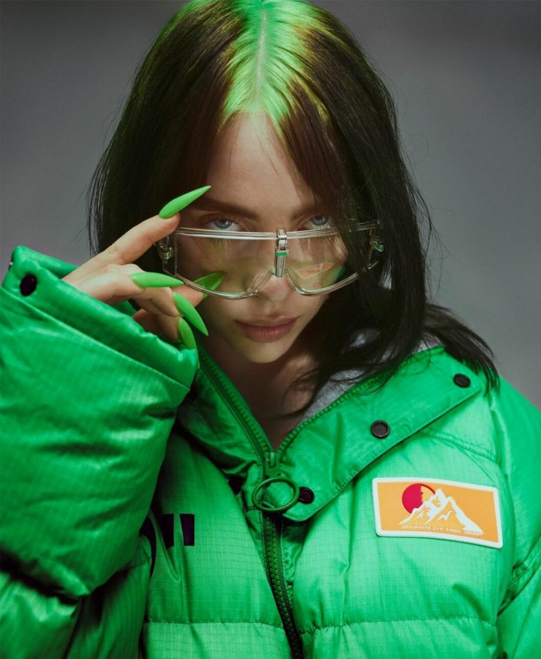 Billie Eilish i exklusiv intervju i ELLE, neongrön dunjacka från Off-White
