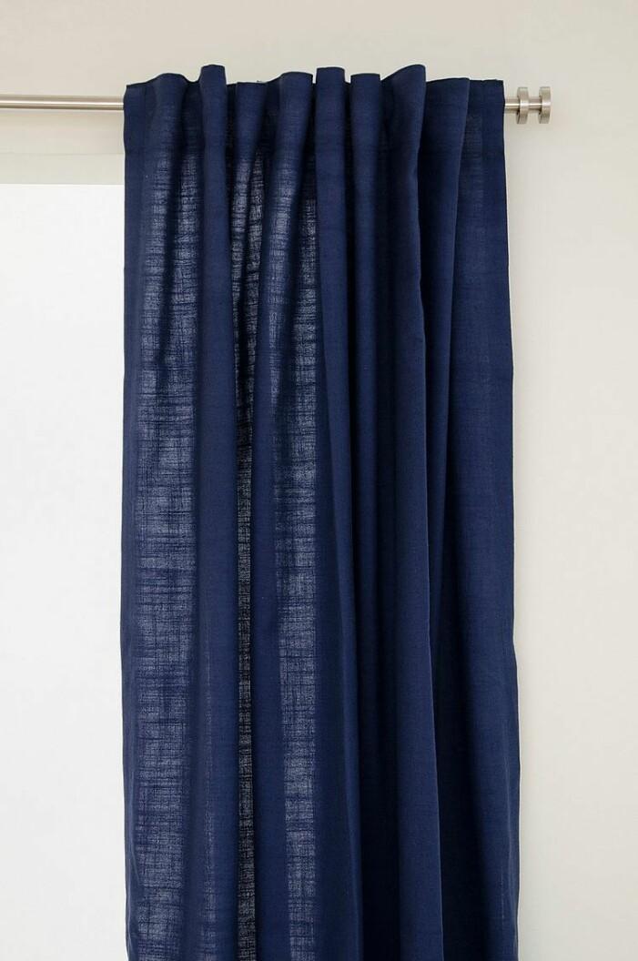 blå linnegardiner