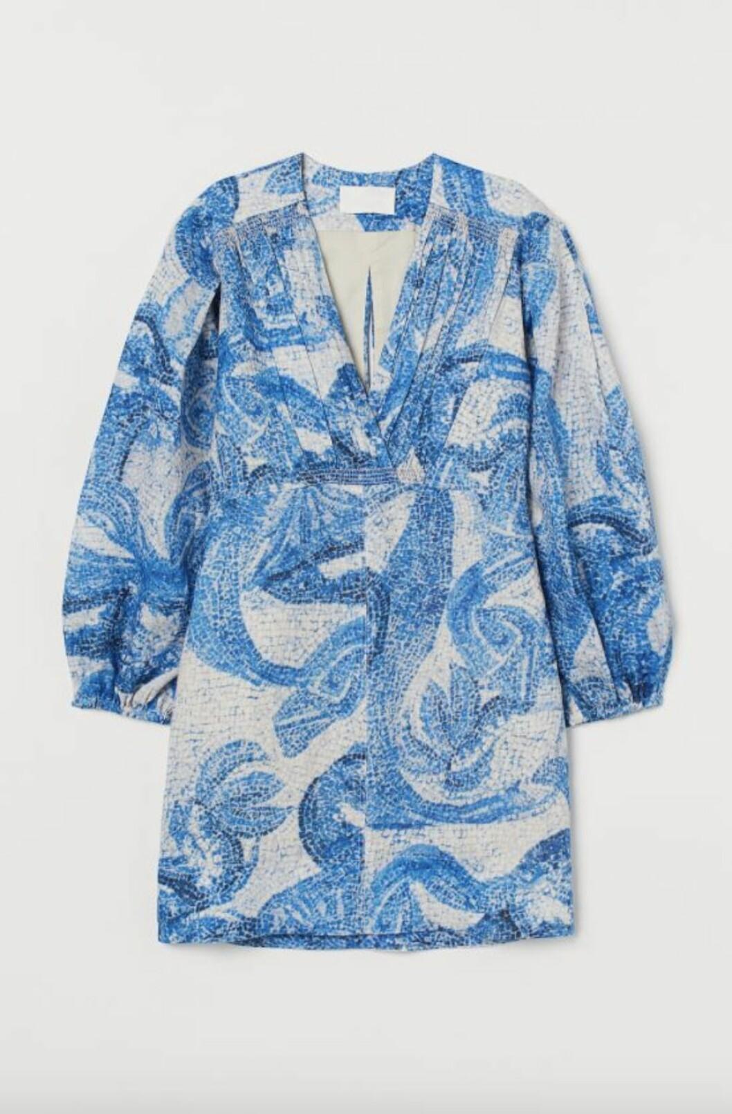 mönstrad linneklänning från H&M-