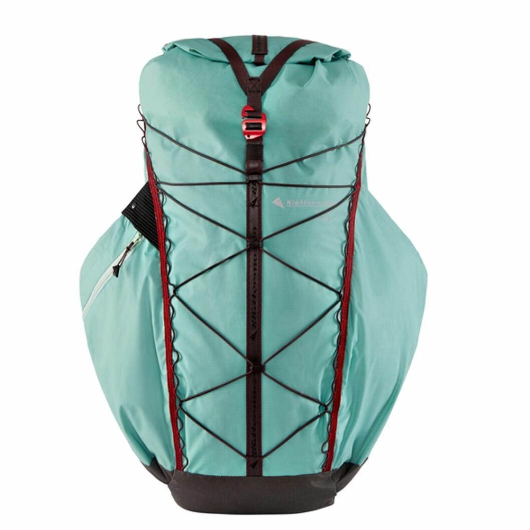 Ljusblå ryggsäck från Klättermusen