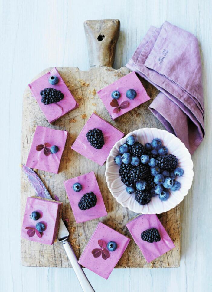 Recept på blåbärscheesecake med lakrits