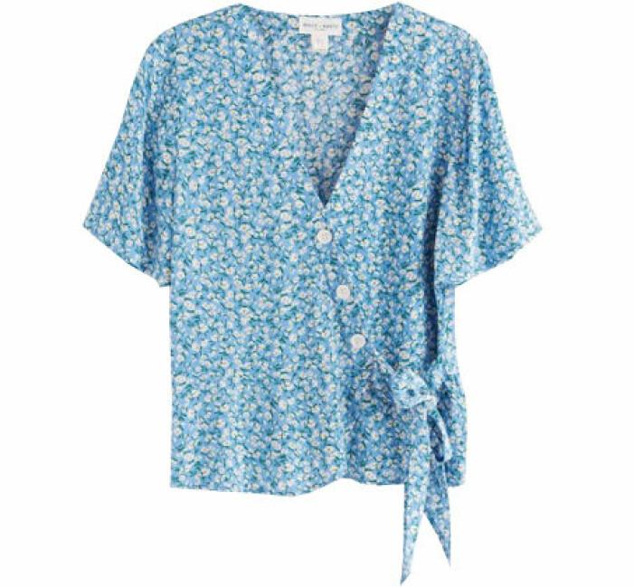blommig omlott blus
