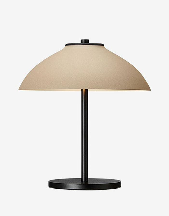 Bordslampa i skandinavisk design, Belid