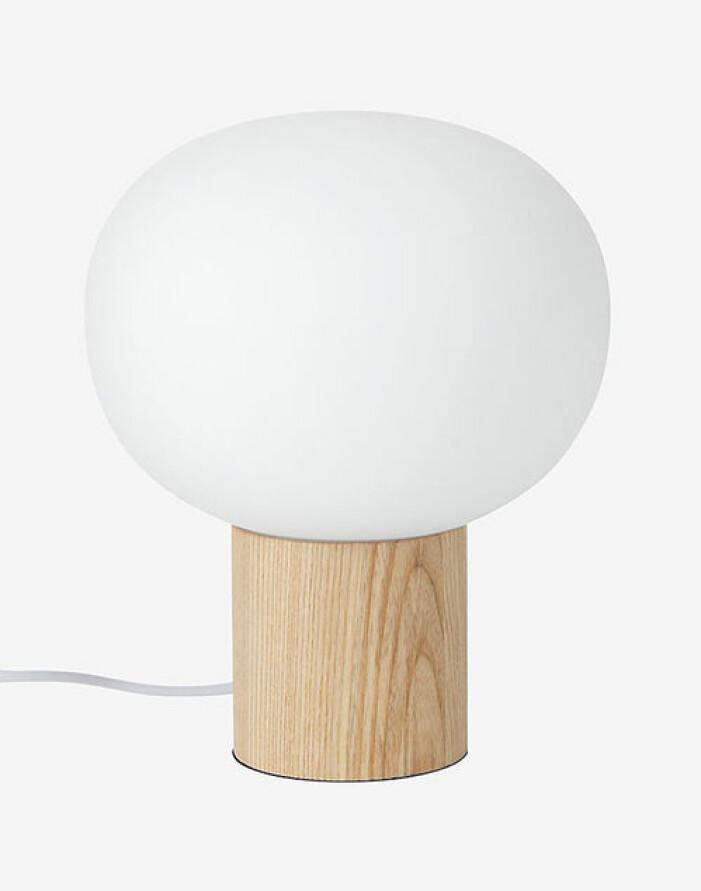 Bordslampa i trä, Ellos Home