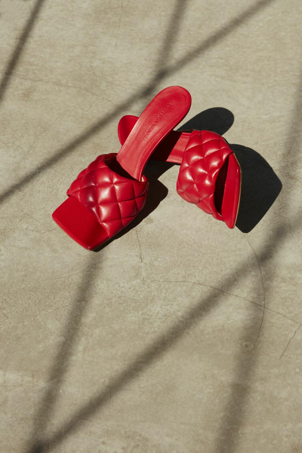 Klackskor från den exklusiva minikollektionen Bottega Veneta x Mytheresa.
