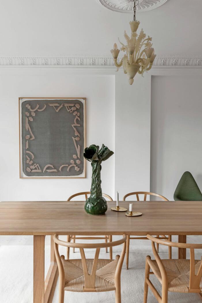 Hemma hos Britt Sisseck i Köpenhamn matbord vas