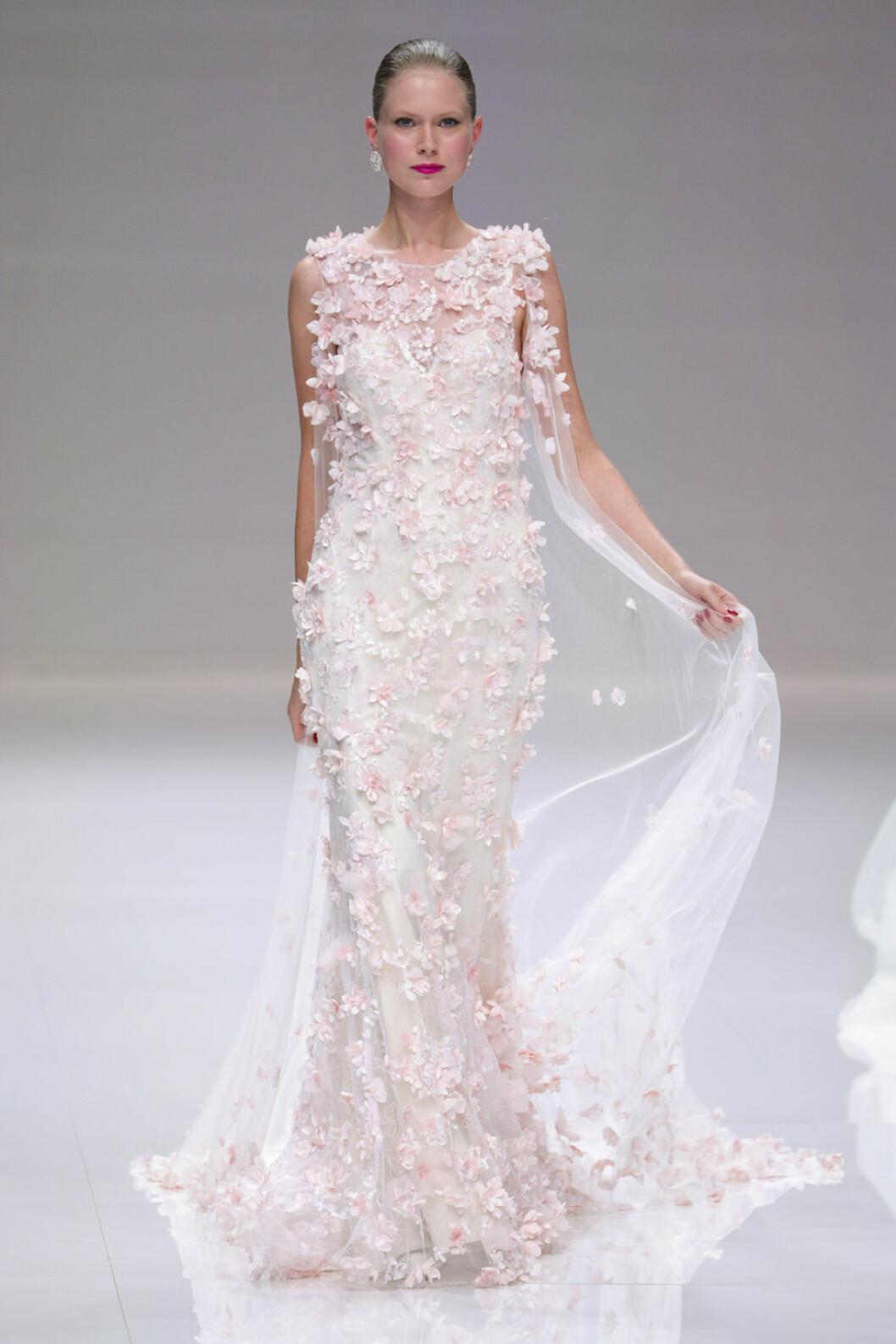 Demetrios bröllopstrender rosa