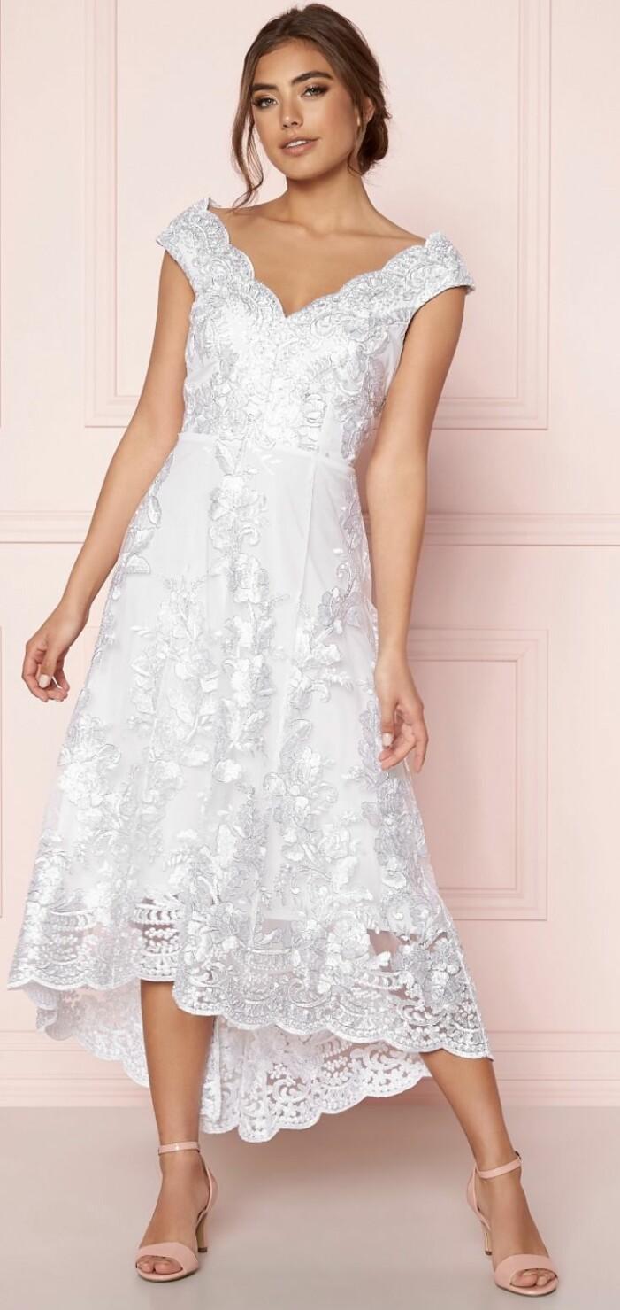 midiklänning brudklänning