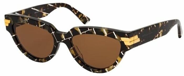 Cat-eye inspirerade solglasögon från Bottega Veneta