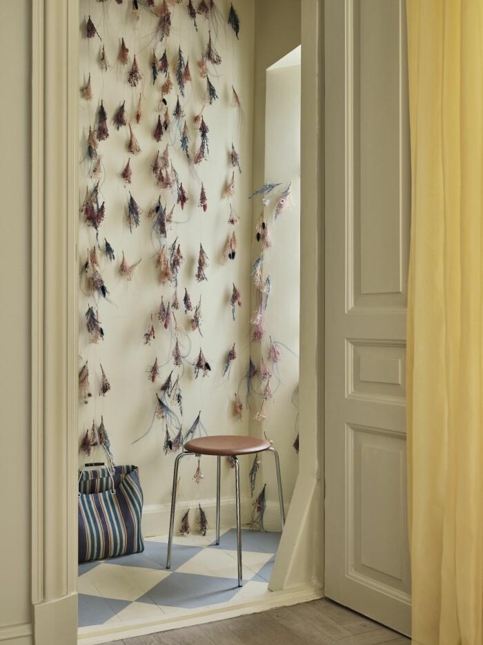 Hemma hos Cathrine de Lichtenberg ELLE Decoration dekorationer pall