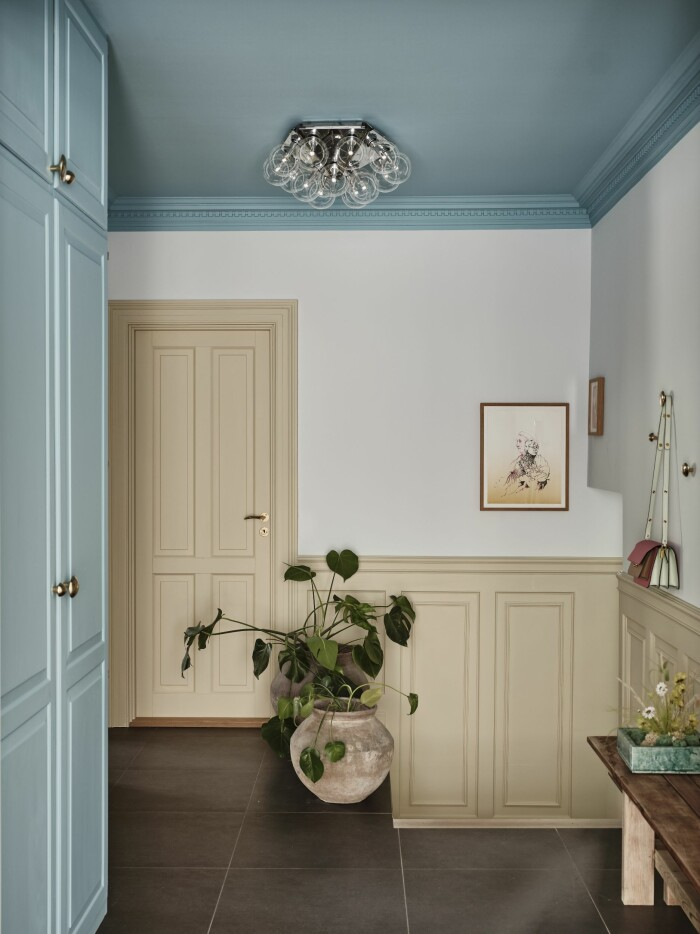 Hemma hos Cathrine de Lichtenberg ELLE Decoration hallen