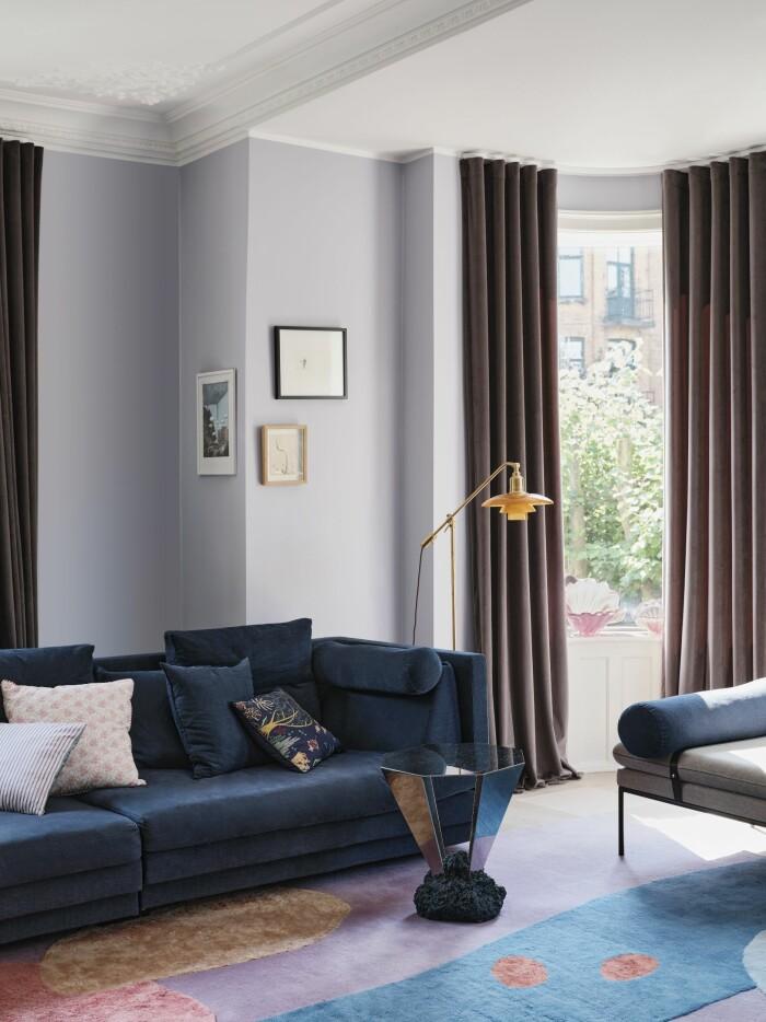 Hemma hos Cathrine de Lichtenberg ELLE Decoration soffa gardiner