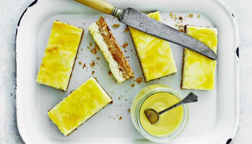 Recept på cheesecake-snittar med lemon curd