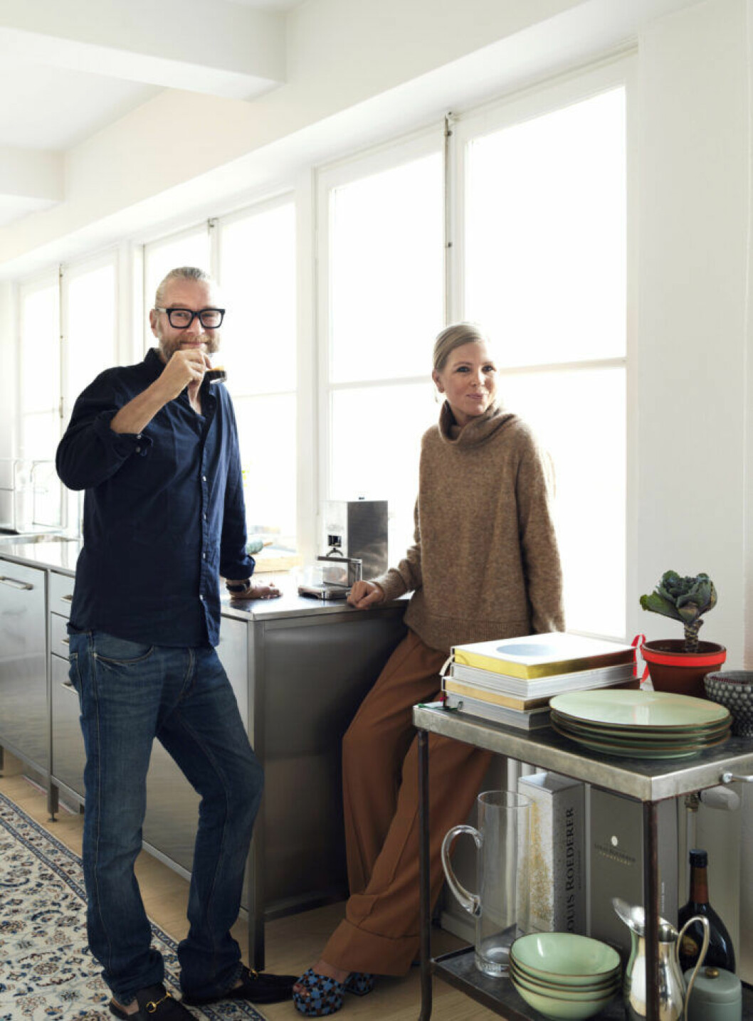 Hemmets ägare, paret Fohgelberg Nordén i köket