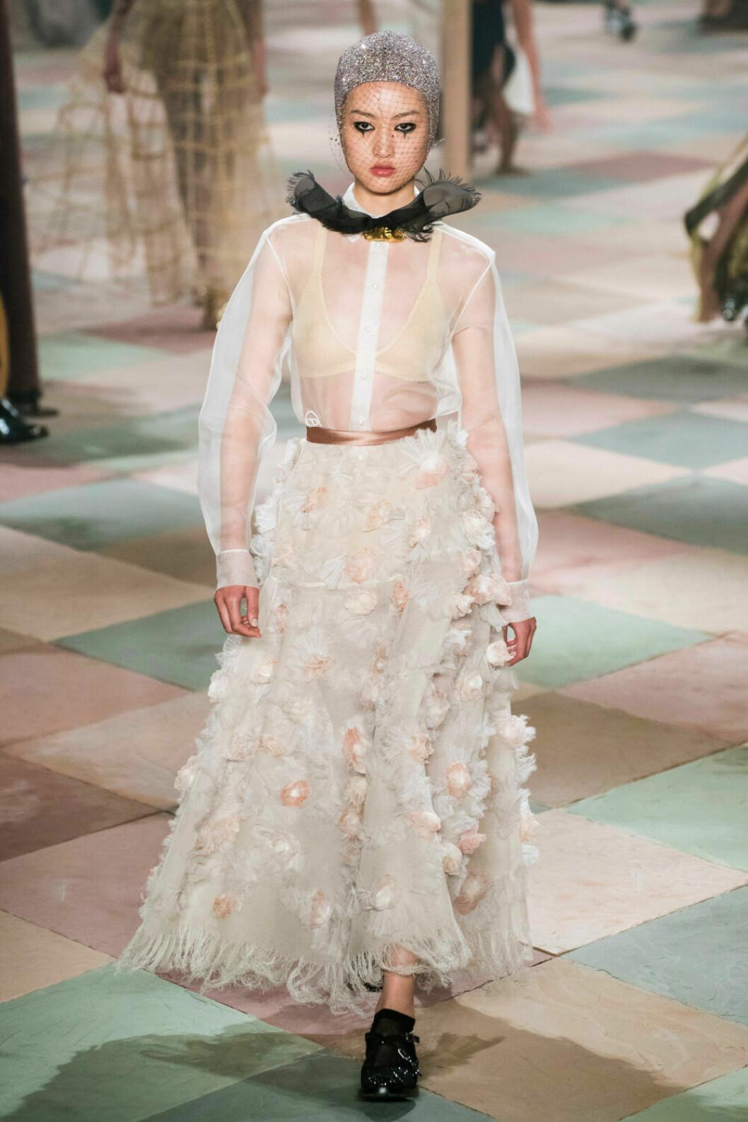 Vackert hantverk på Dior SS19 haute couture–visning