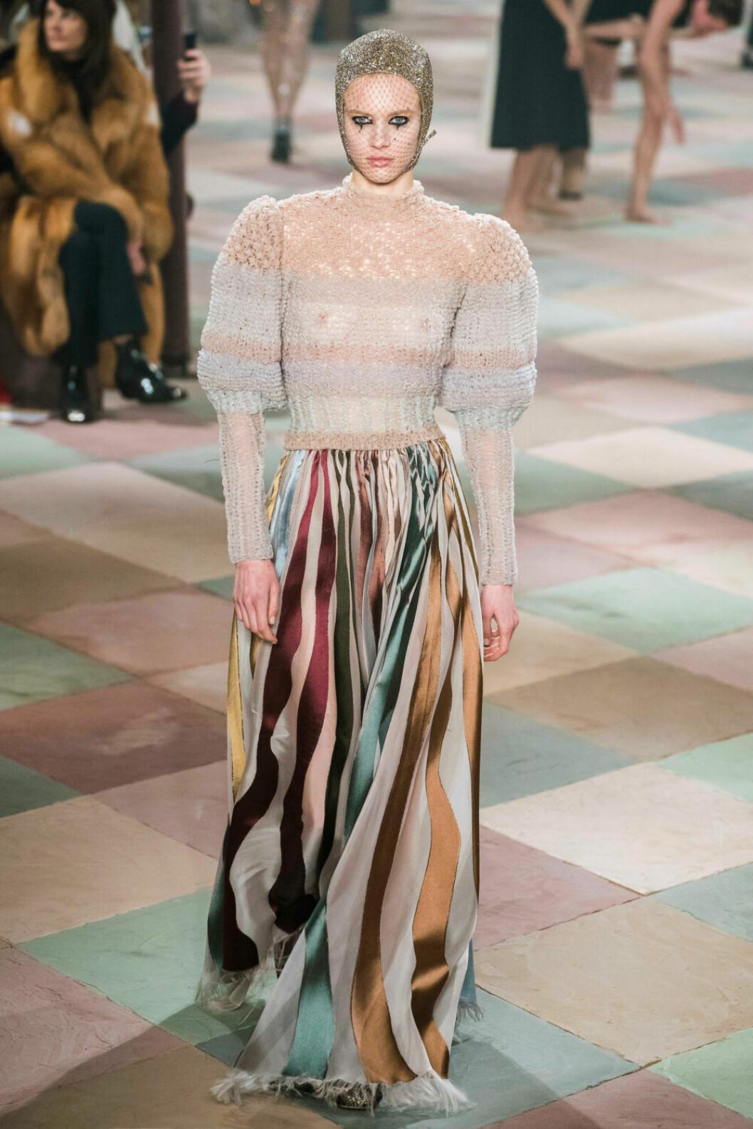 Stickat och randigt på Diors SS19 haute couture–visning