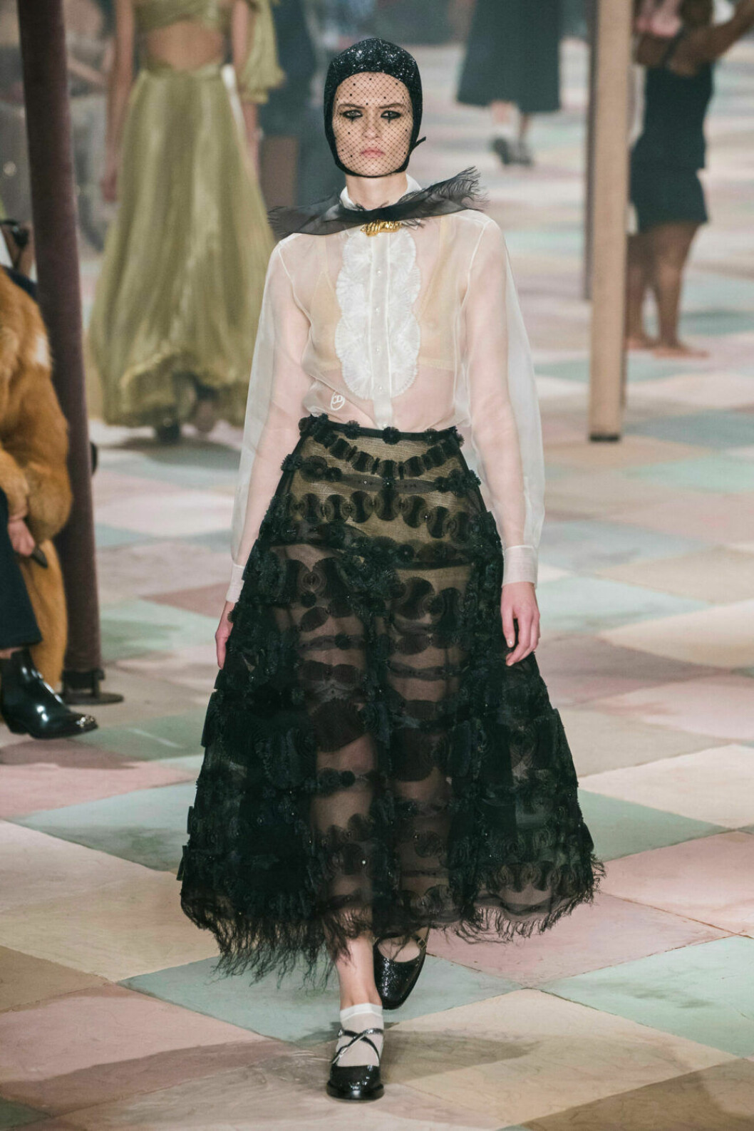 Elegant dressat på Diors SS19 haute couture–visning