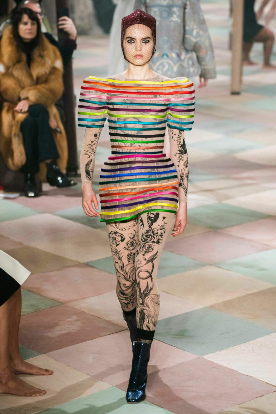 Randigt möter mönstrat på Diors SS19 haute couture–visning