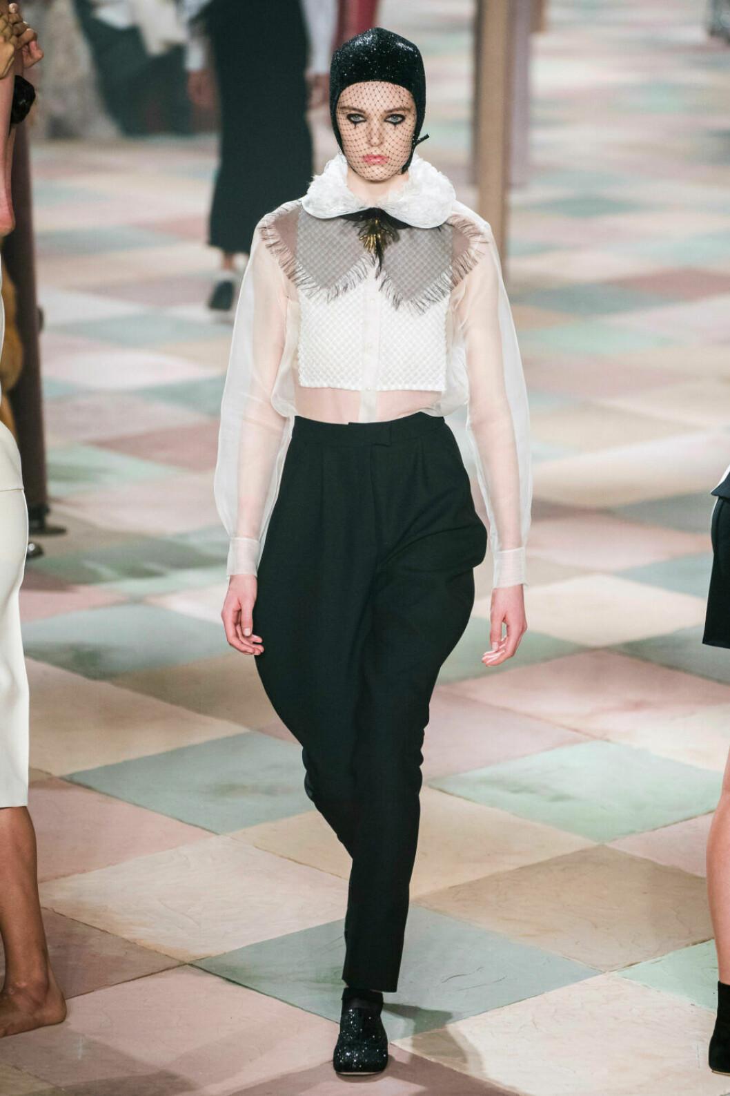 Kragen i fokus på Diors SS19 haute couture–visning