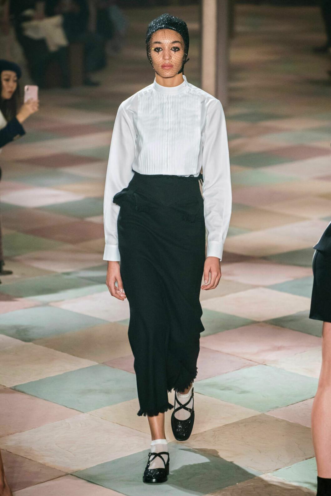 Stilren elegans på Diors SS19 haute couture–visning