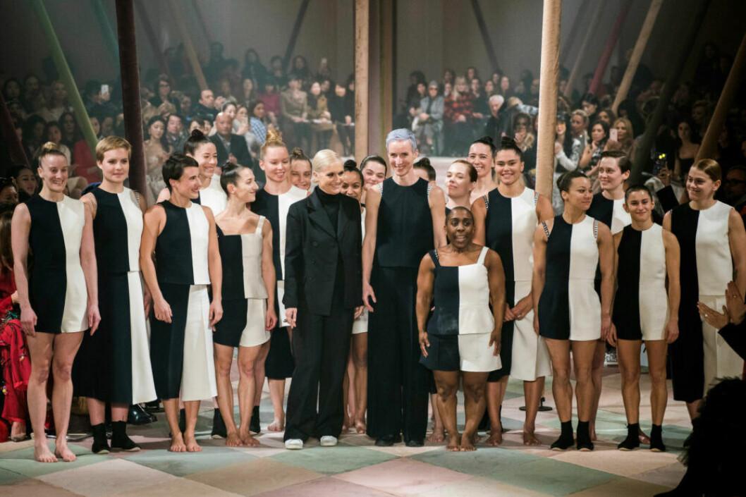 Maria Grazia Chiuri efter den underbara Dior SS19–visningen på Couture Week i Paris.