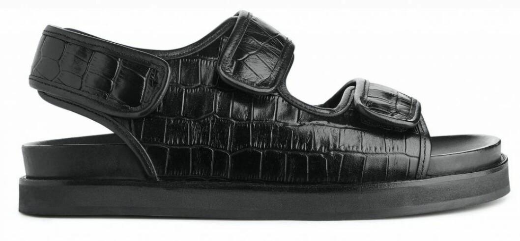 Sandaler med dekorativt mönster från Arket
