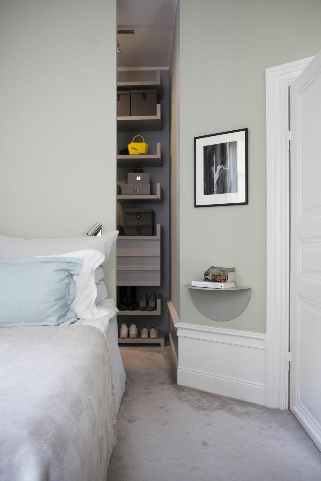 compact living-klädrum i sovrum