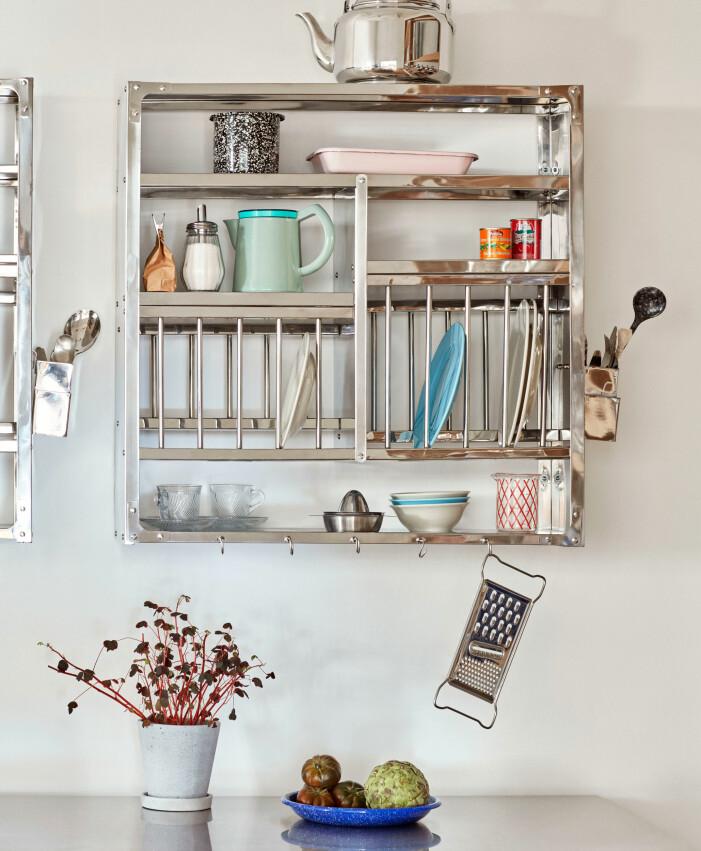 Compact living-tips för köket och badrummet, platsbyggd förvaring