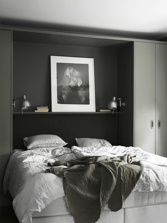 Sovrum med inmålad compact living-förvaring