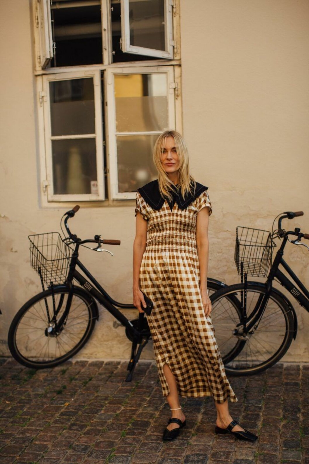klänning med krage streetstyle