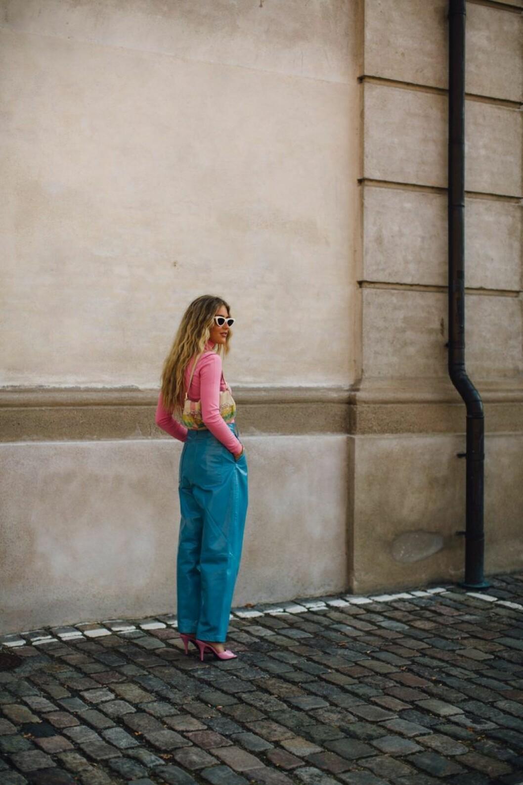 Återigen en kombination av blått möter rosa.