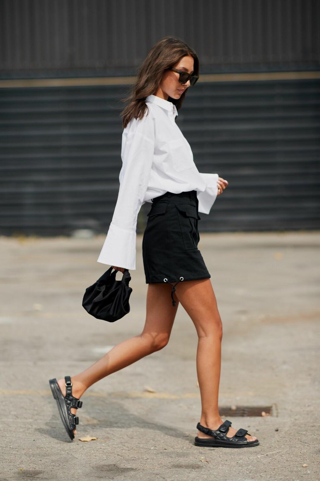 Svarta sandaler och streetstyleinspiration från modeveckan i Köpenhamn.