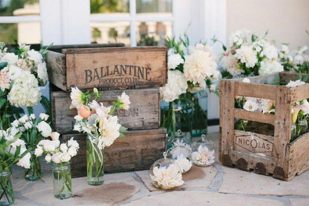 Dekorationer till bröllop - blomsterarrangemang