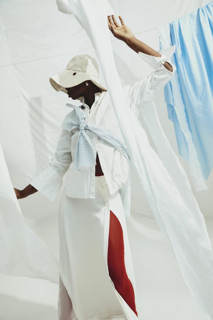 Skjortor av ekologisk bomull, kjol av ekologisk ull