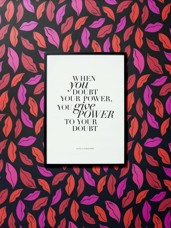 Diane von Furstenberg x H&M Home, poster med citat