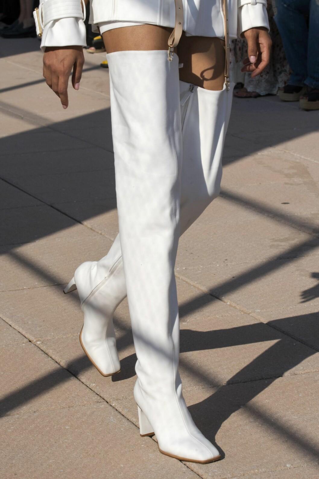 Vita höga boots