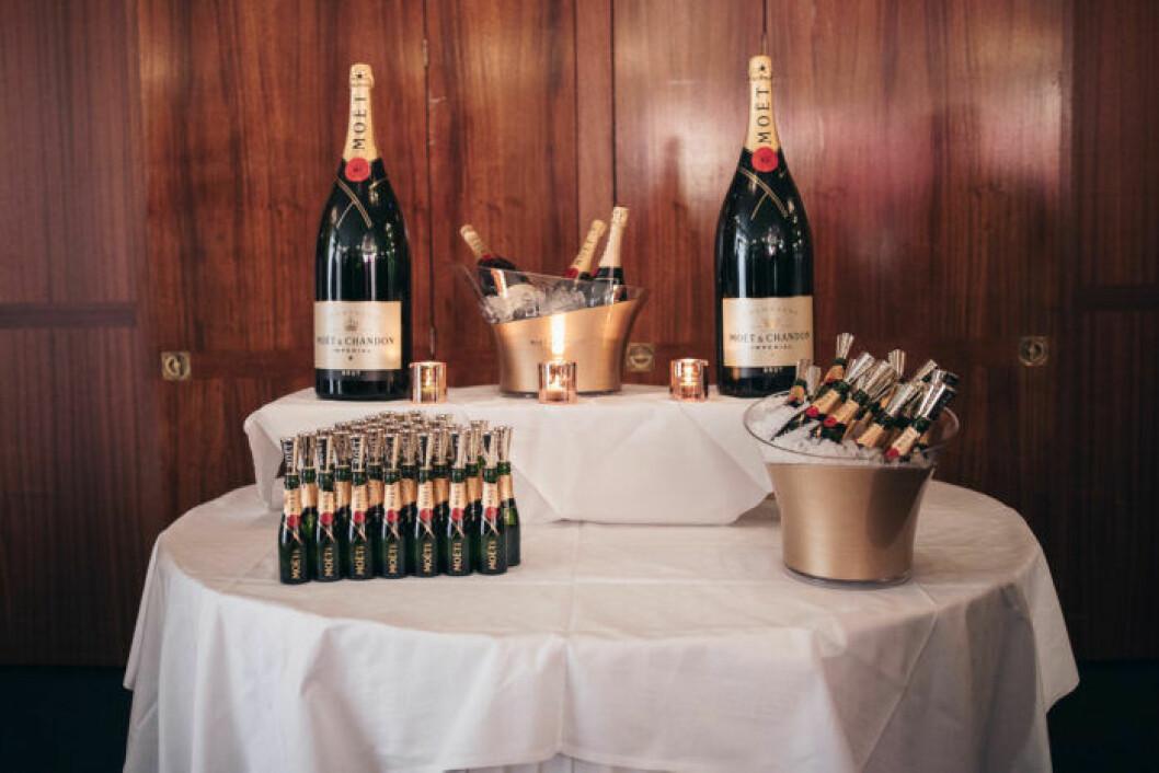 Champagne på festen på ELLE Decoration Swedish Design Awards 2019