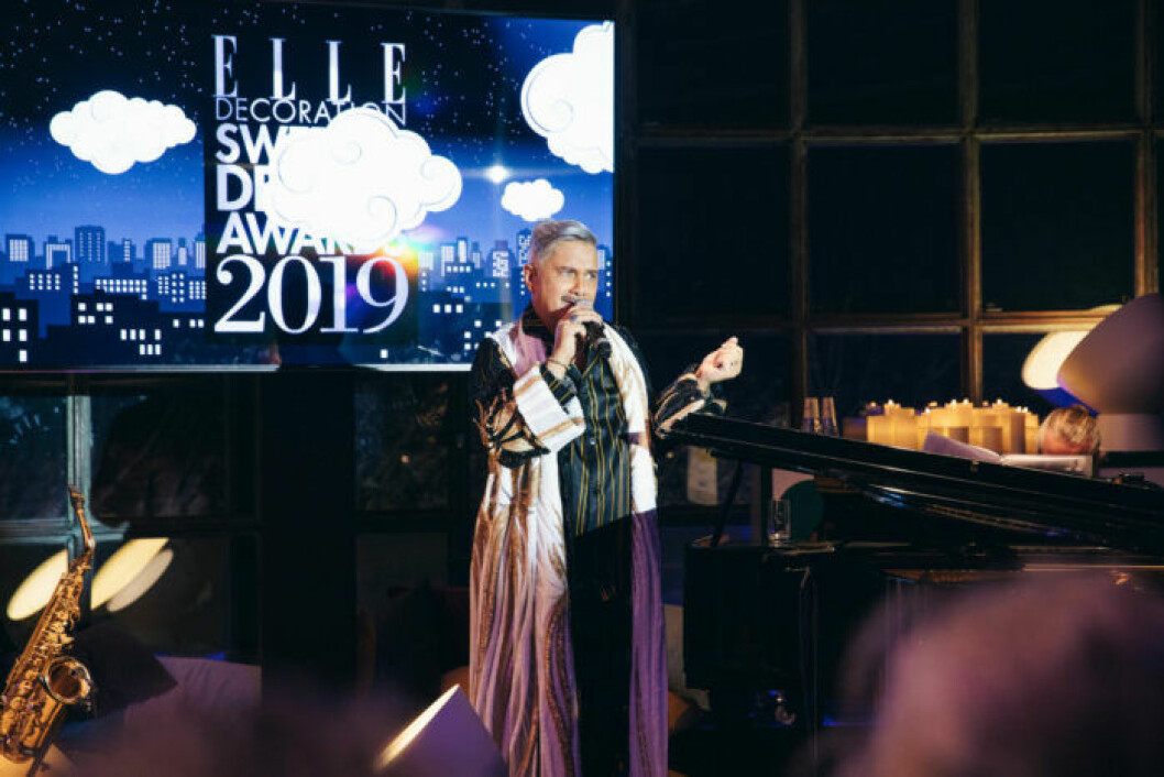 Magnus Skogsberg sjunger på ELLE Decoration Swedish Design Awards 2019