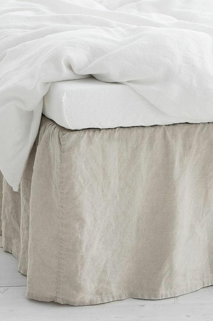 beige sängkappa linne